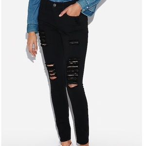 Express black mid rise destroyed skinny jeans 14